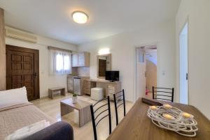 Ifestos Villa, Aparthotely  Fira - big - 97