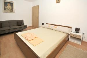 Apartment Malia, Apartmány  Trogir - big - 24