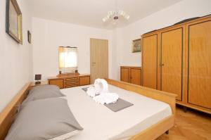 Apartment Malia, Apartmány  Trogir - big - 18