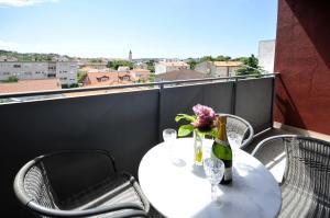 Apartment Malia, Apartmány  Trogir - big - 20
