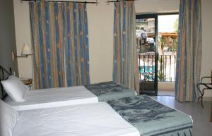 Porto Azzurro Aparthotel, Hotely  St Paul's Bay - big - 46