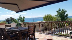 Dream Vacation, Apartments  Podstrana - big - 26