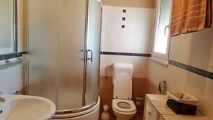 Dream Vacation, Apartments  Podstrana - big - 32