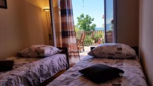 Dream Vacation, Apartments  Podstrana - big - 33
