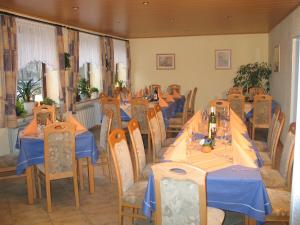 Hotel Restaurant Gunsetal, Hotely  Bad Berleburg - big - 22