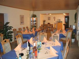 Hotel Restaurant Gunsetal, Hotely  Bad Berleburg - big - 25
