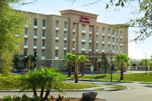 Hampton Inn and Suites - DeLand