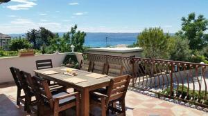 Dream Vacation, Apartments  Podstrana - big - 34