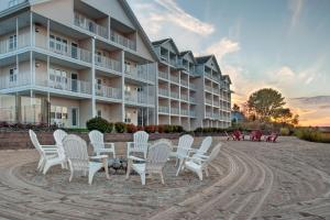 Cherry Tree Inn and Suites, Отели  Traverse City - big - 79