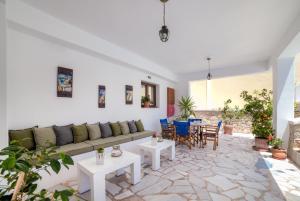 Ifestos Villa, Aparthotely  Fira - big - 104