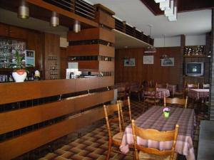 Hotel Restaurant Braas, Szállodák  Eschdorf - big - 10