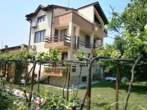 Guest House Hristovi, Penzióny  Aheloy - big - 39
