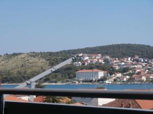 Apartment Malia, Ferienwohnungen  Trogir - big - 4