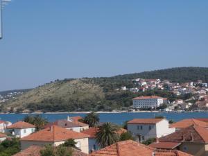 Apartment Malia, Ferienwohnungen  Trogir - big - 2