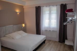 Hôtel Lac Et Forêt, Hotels  Saint-André-les-Alpes - big - 36