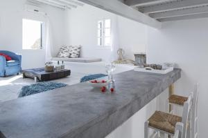 Almyra Guest Houses, Aparthotels  Paraga - big - 91