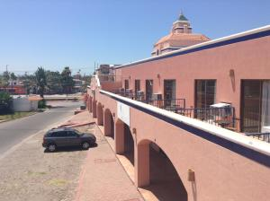 Los Jitos Hotel and Suites