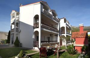 Apartments in Beautiful Split, Apartments  Podstrana - big - 14