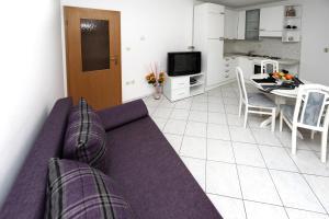 Apartments in Beautiful Split, Apartments  Podstrana - big - 11