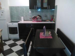 Apartment Srđan, Apartmanok  Herceg Novi - big - 2