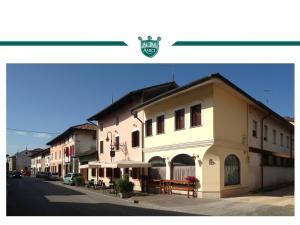 Trattoria Locanda Ai Tre Amici, Hotels  Mortegliano - big - 32