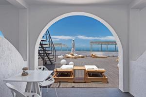 Azzurro Suites, Apartmánové hotely  Fira - big - 32