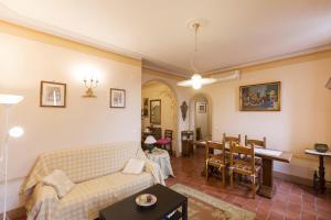 Appartamenti Belvedere, Ferienwohnungen  Cortona - big - 67