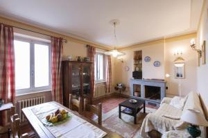 Appartamenti Belvedere, Ferienwohnungen  Cortona - big - 65