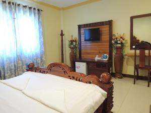 Golden Pearl Hotel, Hotel  Banlung - big - 15
