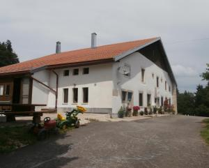B&B La Ferme De Pouillerel, Bed and breakfasts  La Chaux-de-Fonds - big - 16
