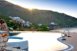 Eirini Luxury Hotel Villas, Villas  Grikos - big - 73