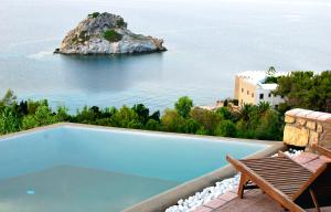 Eirini Luxury Hotel Villas, Vily  Grikos - big - 38