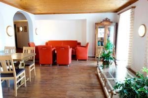 Hotel Vorab, Hotely  Flims - big - 42