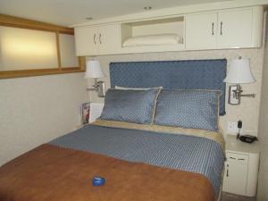 Ocean Romance Dockside Bed & Breakfast Yacht, B&B (nocľahy s raňajkami)  Newport - big - 17
