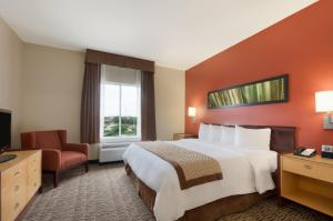 Two-Room King Suite - Disability Access/Non-Smoking