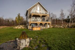 Superior Chalet (8 Adults)
