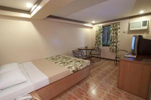 Pinoy Pamilya Hotel, Szállodák  Manila - big - 29
