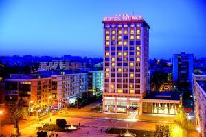 Unirea Hotel & Spa, Szállodák  Jászvásár - big - 1