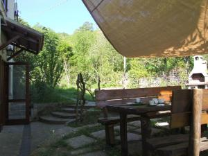Vacanze Toscane In The Country, Apartmanok  Sassetta - big - 81