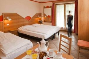Hotel La Baita, Hotely  Malborghetto Valbruna - big - 3