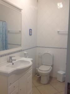 Bicos Beach Apartments AL by Albufeira Rental, Apartmanok  Albufeira - big - 2