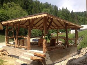 Cabana Non Nobis, Nyaralók  Dîmbovicioara - big - 46