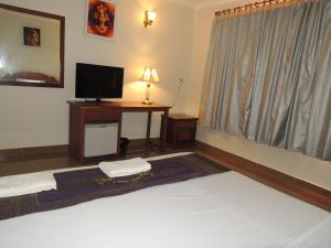 Ratanak City Hotel, Hotely  Banlung - big - 27