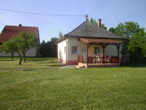 Villa Rózsika Balatonmáriafürdo