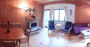 Chata Ski Jasna, Holiday homes  Demanovska Dolina - big - 72