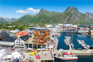 Lofoten Suitehotel, Hotels  Svolvær - big - 57