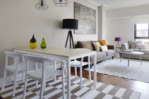 Duke Apartment by FeelFree Rentals, Ferienwohnungen  San Sebastián - big - 1