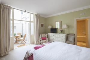 onefinestay - South Kensington private homes II, Apartmány  Londýn - big - 15