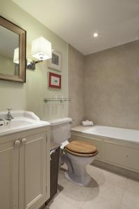 onefinestay - South Kensington private homes II, Apartmány  Londýn - big - 6