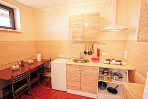 Guest House Demetra, Vendégházak  Vityazevo - big - 17